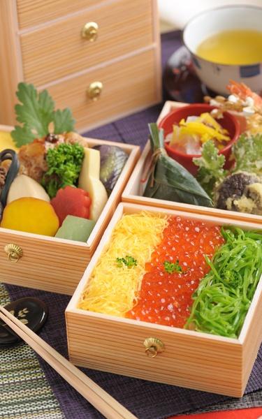 Chirashizushi Bento, Tradirional Japanese Boxed Meal|ちらし寿司 引き箱弁当