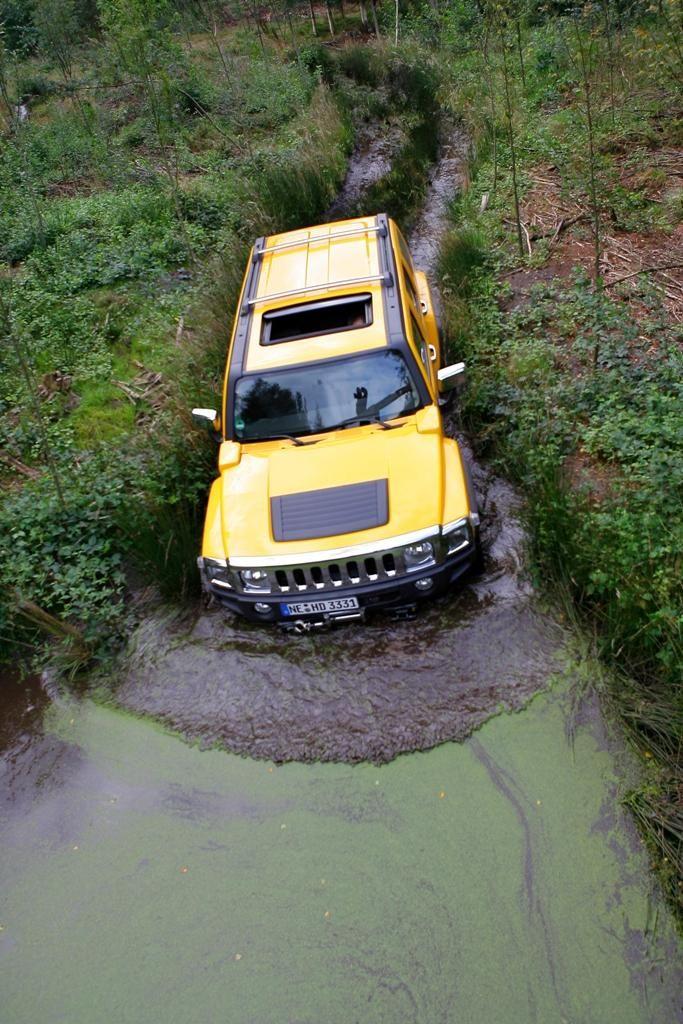 Yellow Hummer H3~