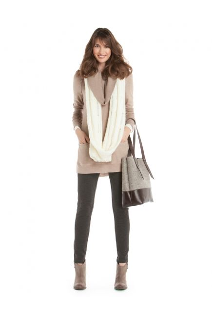 JACOB - Infinity scarf + Long sweater with draped neck and pockets + streamline legging http://www.jacob.ca @Boutique JACOB and #JACOBGIFTS