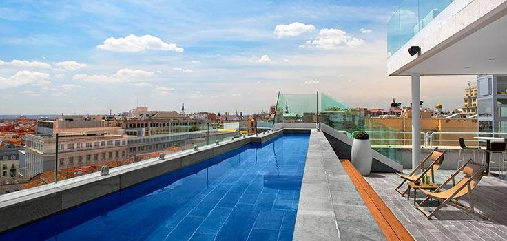 Piscina del Hotel Innside Madrid Suecia revestida de filita JBERNARDOS www.naturpiedra.com/