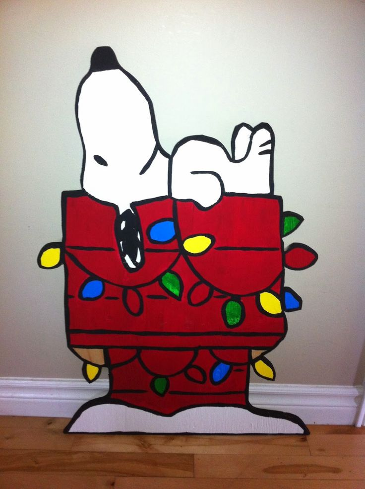 Snoopy On His Doghouse Christmas Yard Art Snoopy Dog
