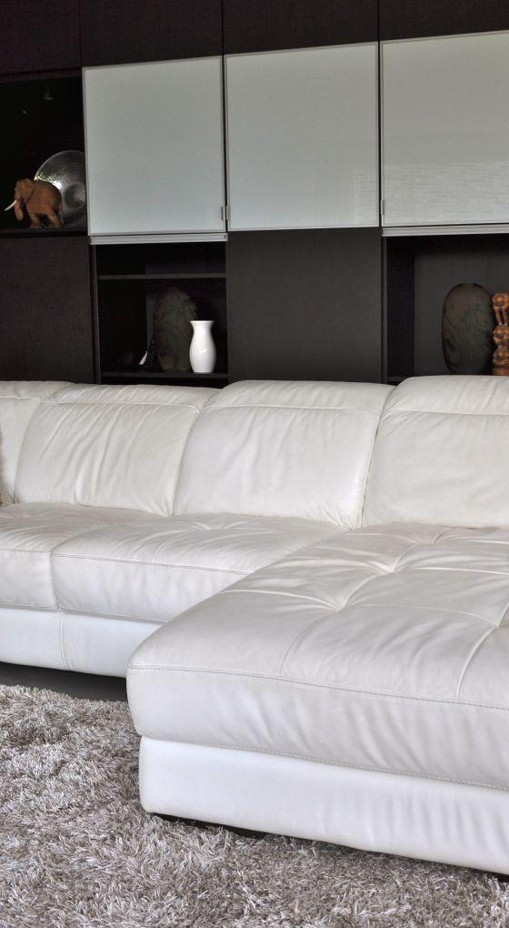 Meer dan 1000 idee n over witte hoekbank op pinterest witte bank decor hol meubelen en witte - Witte badkamer en bruin ...