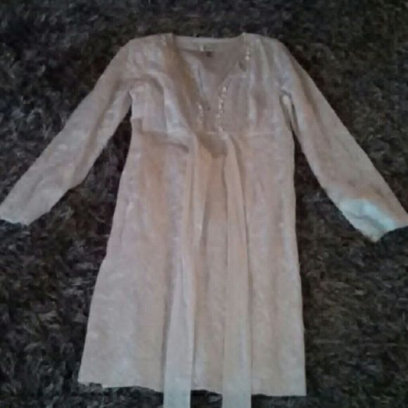 Lilly Pulitzer white dress Long sleeve, shells on front Lilly Pulitzer Dresses Midi