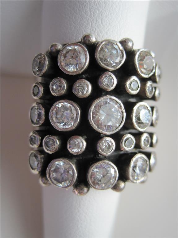 KUMKUM ring, äkta silver på Tradera. Kumkum | Designersmycken | Smycken Den perfekta Mors dag-presenten!