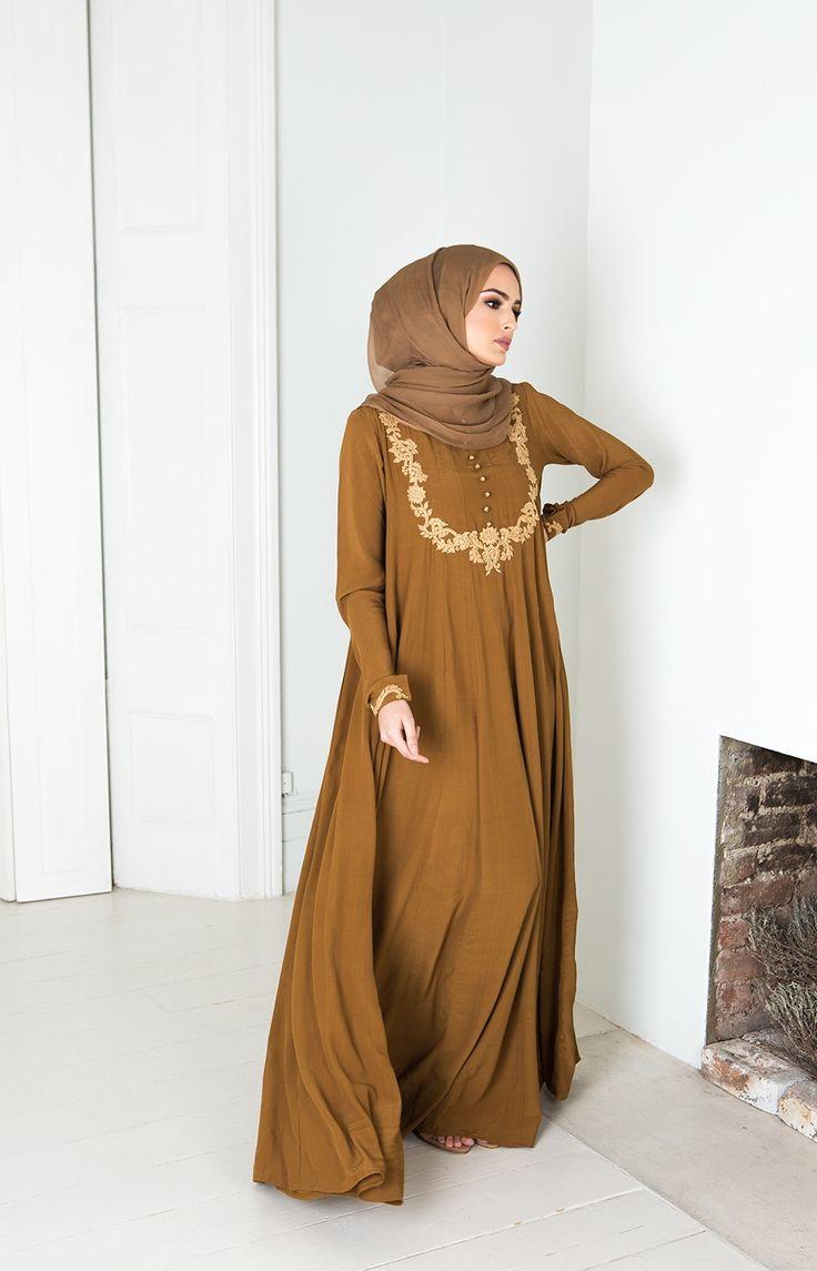 Aab UK Zardozi Abaya : Zardozi Embroidered Abaya Aab Ramadan 2016