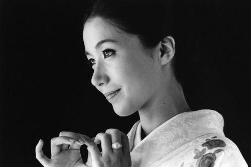 taishou-kun: Iwashita Shima 岩下志麻 by Akiyama... - cocolo chronicle | via Tumblr