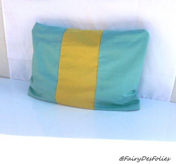 Taie oreiller 35*50 jaune turquoise bleu FairyDesFolies *reservée*