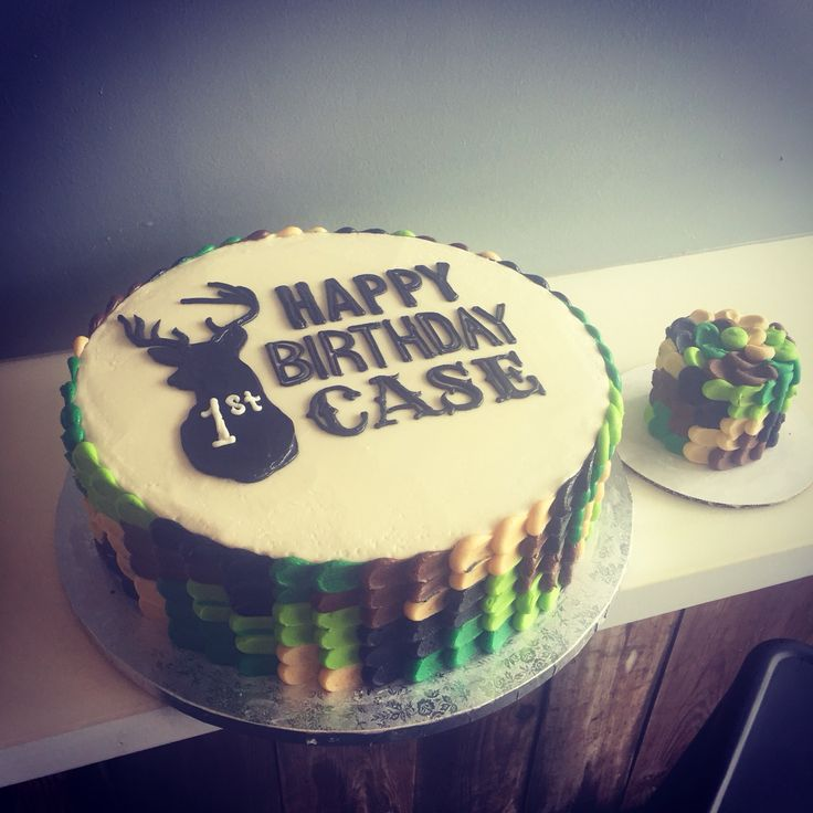 Our little deer is a buck old!! First birthday hunting theme cake and matching smash by Hayleycakes and cookies