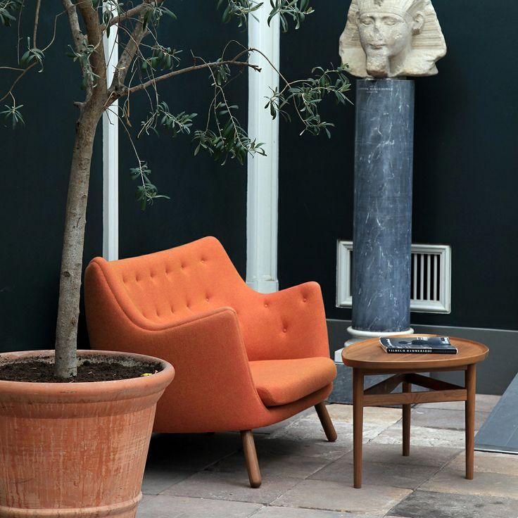 Nätta soffan Poeten. Ren inspiration designad Finn Juhl.  #TornboMöbler