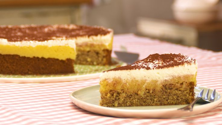 Apfelkuchen, supersaftig, ein schönes Rezept aus der Kategorie Kuchen. Bewertungen: 372. Durchschnitt: Ø 4,7.