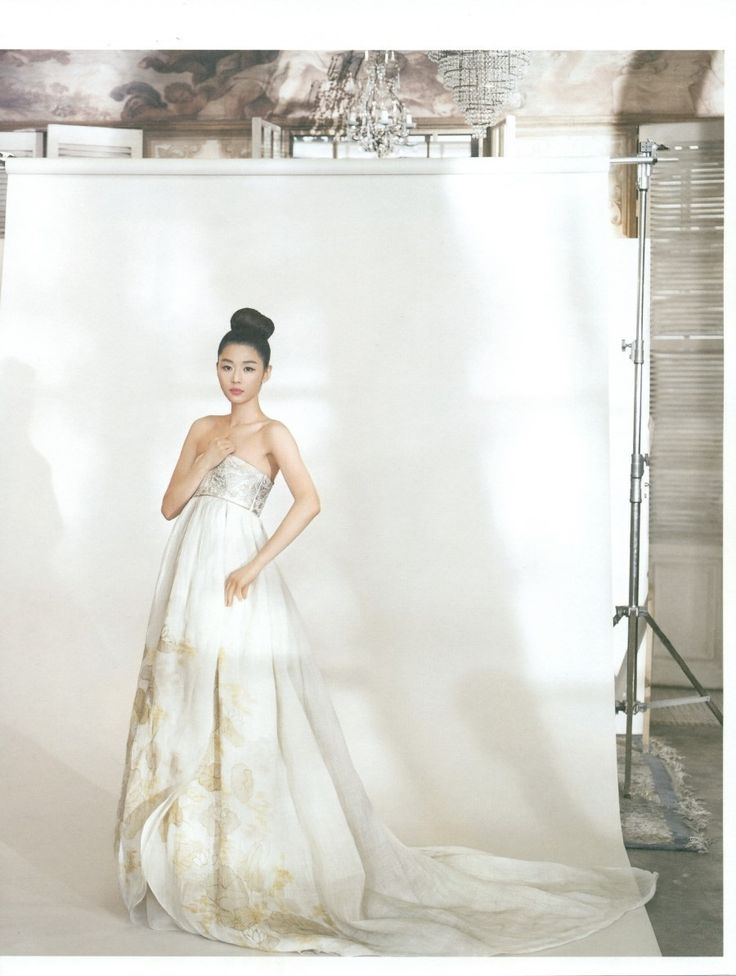 Designed by 이영희 Lee Young-Hee