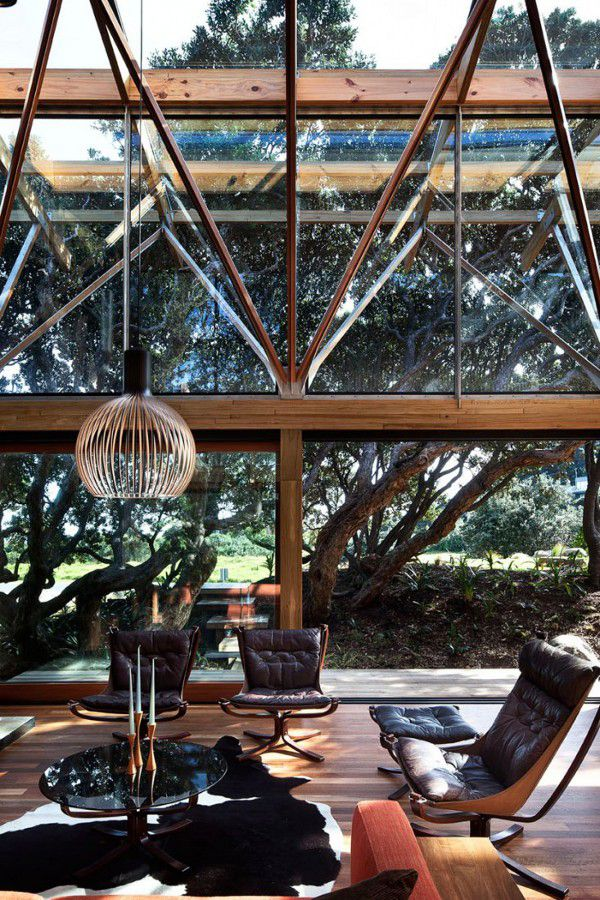 Design winter garden with large windows and wooden structure to enjoy nature from within. #home #interior #garden