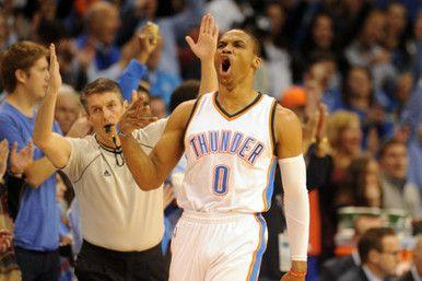 Westbrook Membawa Thunder Kalahkan Mavericks - MVP NBA All-Star 2015 Russell Westbrook bermain cemerlang