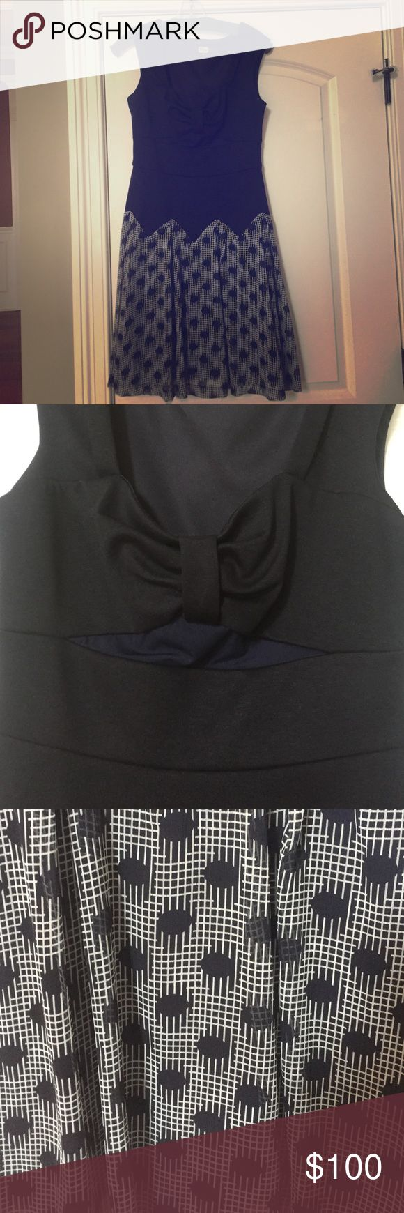 Stunning Eva Franco cut out dress sz 8 I purchased this gorgeous dress and never wore it. It is an Eva Franco. It is a size 8. There is a very cute cut out under the chest area which gives the dress a little something extra. Eva Franco Dresses