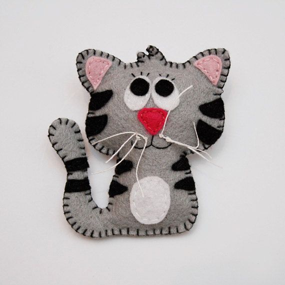 Felt cat brooch for kids, childrens jewelry, cute summer accessory for kids.  Etsy.