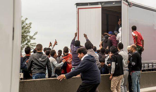 Calais migrants refugees Britain UK EU referendum Brexit Euro 2016