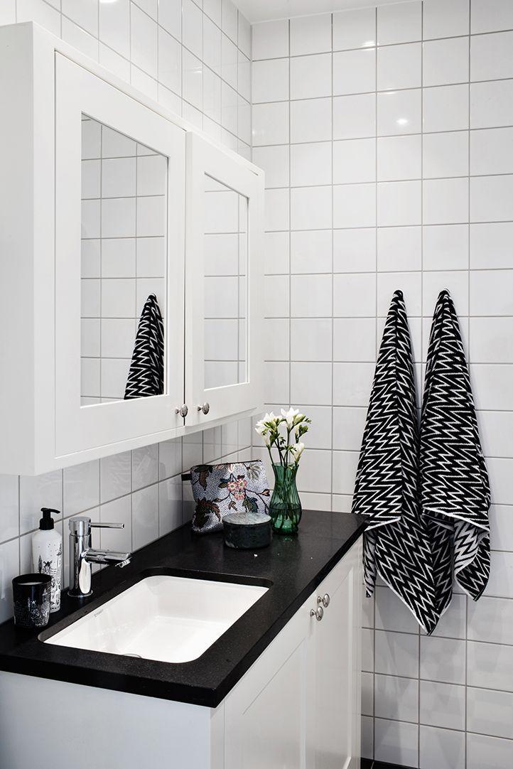 Specialbyggd kommod med inbyggd tvättmaskin
