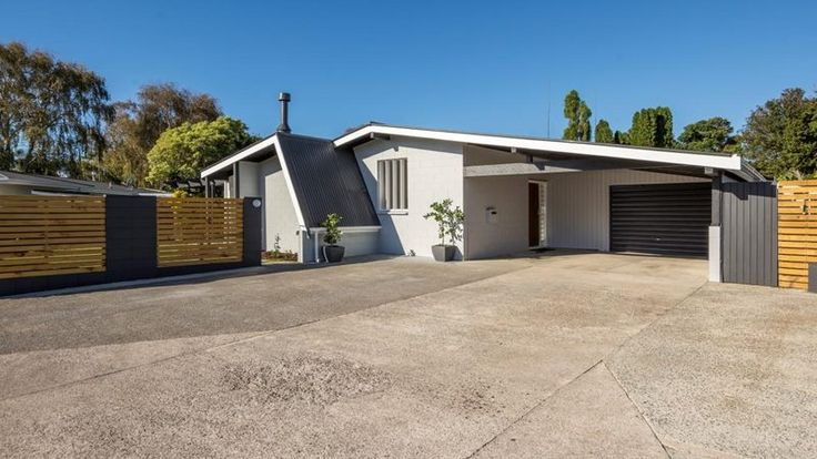 Renovated 1960's build. Architecture NZ.