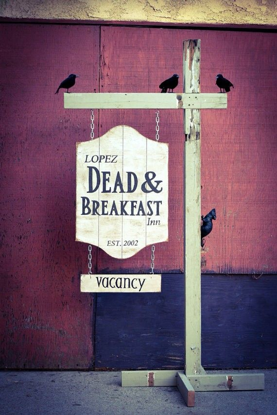 2014 Hand Painted Halloween Sign Dead and breakfast - wood, chains #Halloween #sign