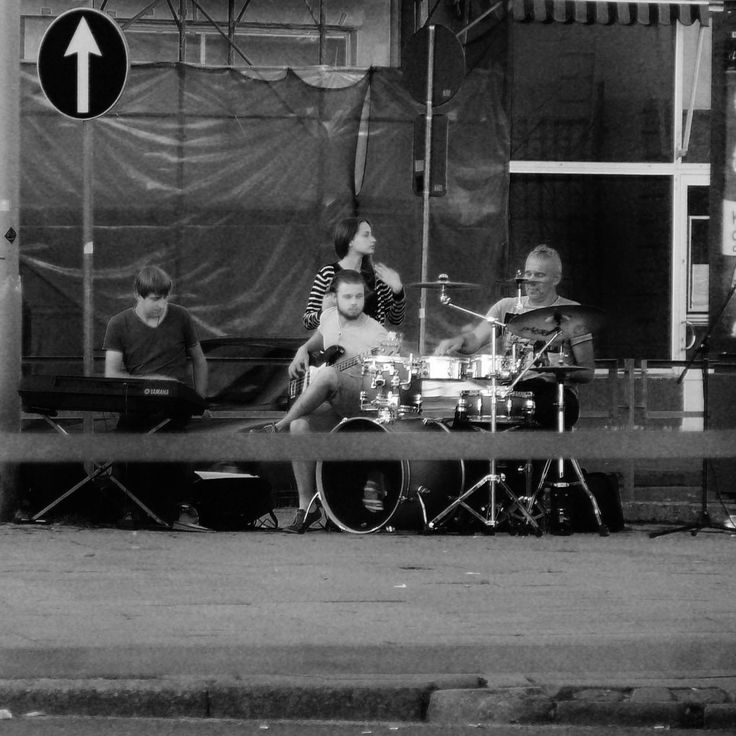 Musicians playing jazz in Riga