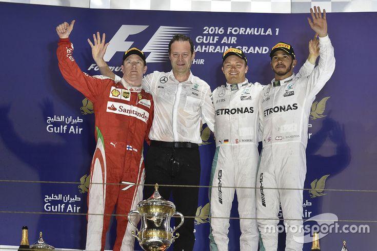 Podium: winner Nico Rosberg, Mercedes AMG F1 Team, Aldo Costa, Mercedes AMG F1 Engineering Director, second place Kimi Raikkonen, Ferrari, third place Lewis Hamilton, Mercedes AMG F1 Team
