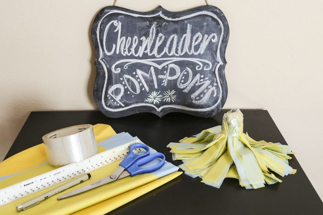 How to Make Cheerleader Pom-Poms
