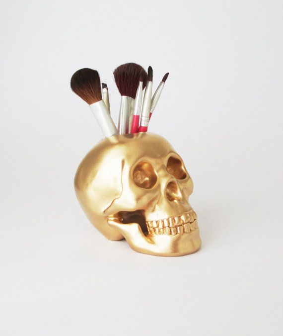 12 Stylish Makeup Brush Holders Every Girl Needs | Beauty High