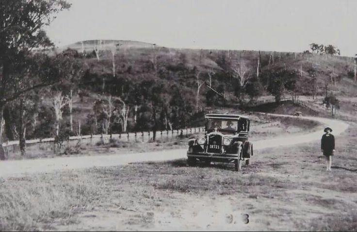 Old Razorback Rd,Razorback now Cawdor Rd) in the 1920s. •Camden Past and Present•
