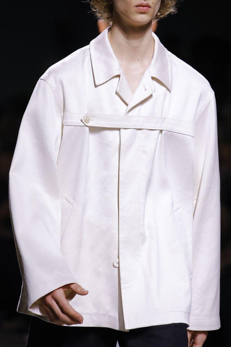 Dries Van Noten Spring 2017 Menswear Fashion Show Details - bedruckte shirts, mens green shirt, cheap shirts *sponsored https://www.pinterest.com/shirts_shirt/ https://www.pinterest.com/explore/shirts/ https://www.pinterest.com/shirts_shirt/black-shirt/ http://store.nba.com/Golden_State_Warriors_T-Shirts