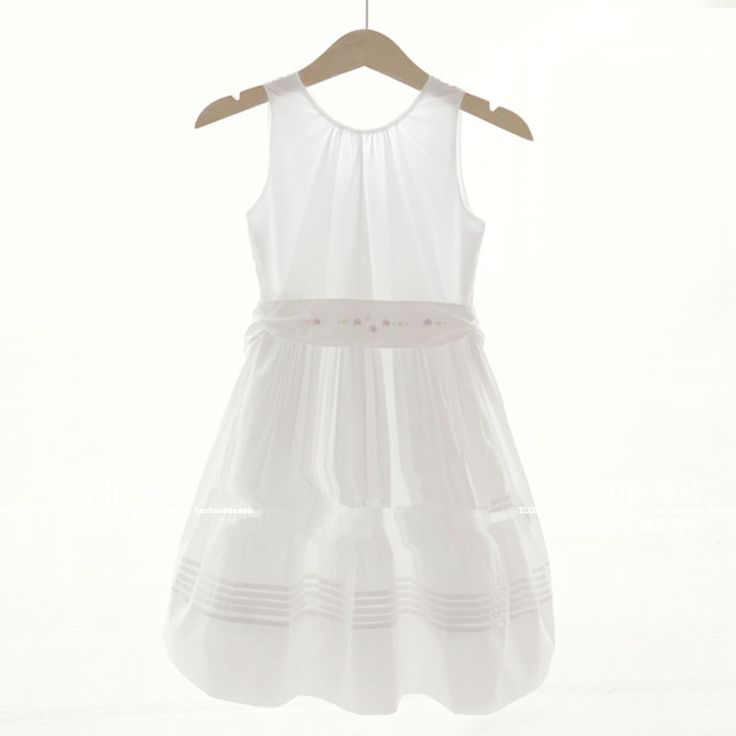 Elegant European and American style French brand girls dress White girl dress Cotton girl dress