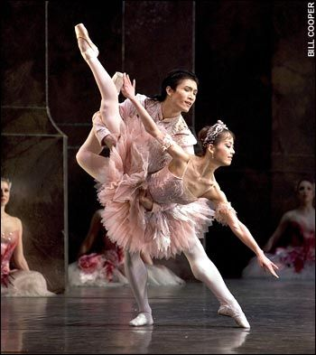 The Birmingham Royal Ballet perform 'The Nutcracker'; photo: Bill Cooper