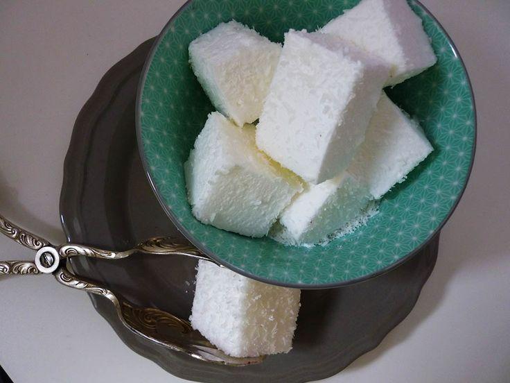 Das gehört zu den Dingen, die ich immer mal ausprobieren wollte – Marshmallows oder Mäusespeck (je nachdem wie man es nennen möchte) selber machen! So schwer sollte es ja gar nicht sein, habe…