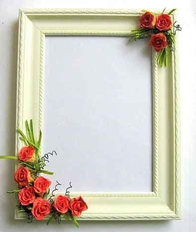 #Rama cu #trandafiri #rosii de #hartie, rama #foto din #lemn #stil #tablou / trandafiri in #relief / #fundal #alb cu #vernil http://handmade.luxdesign28.ro/produs/rama-cu-trandafiri-rosii-de-hartie-rama-foto-din-lemn-stil-tablou-25413/