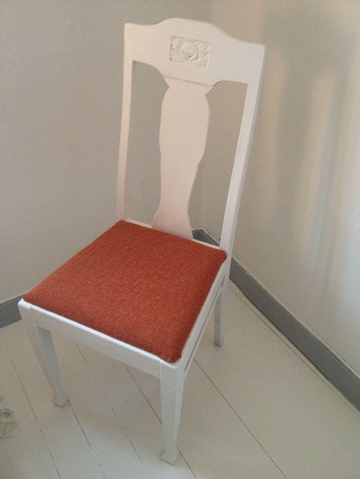 Omklädd stol. Tyg från Hedbergs