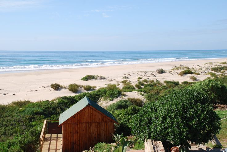 Room with a view @ Jeffreys Bay, South Africa.  (photo by Jared Meadors of Medusa Properties, Houston)