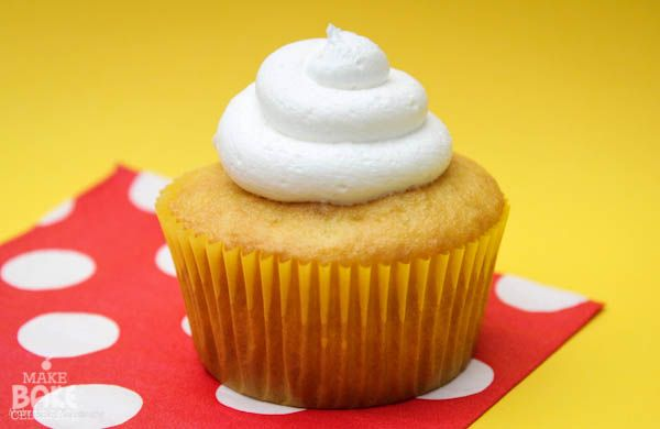 Twinkie cupcakes, this is then next cupcake I bake. It looks AMAZING!