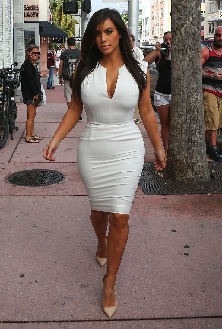 Kimmy K Street Style It All Goes Hand In Hand
