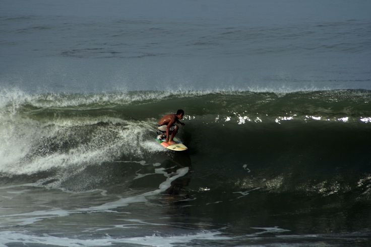 Great barrel with the powerful wave in prerenan Beach of Canggu. http://www.balisurfwaves.com/prerenan/