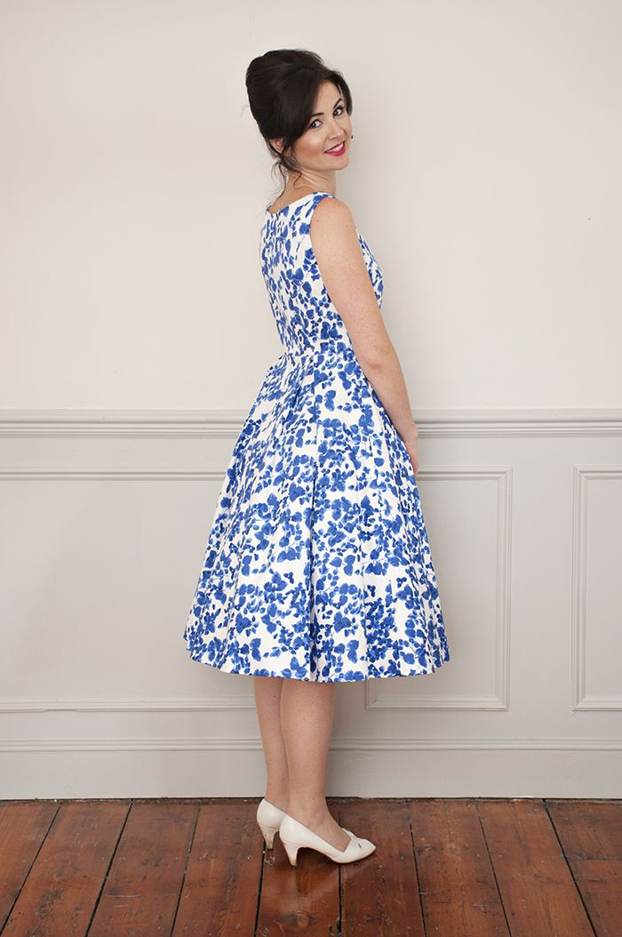 Sew Over It Elsie Dress sewing pattern: a flattering 50's inspired silhouette