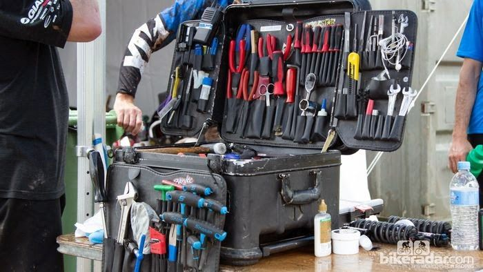 ultimate bike mechanics tool box all things bicycle pinterest mechanic tools tools and bikes. Black Bedroom Furniture Sets. Home Design Ideas