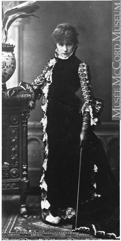 Photograph  Sarah Bernhardt, Paris, France, about 1880  L. Baschet  About 1880, 19th century  Silver salts on paper mounted on card - Albumen process  24 x 12 cm  MP-1978.78  © McCord Museum