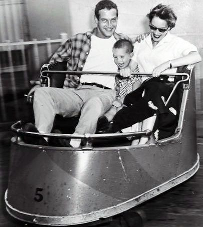 Paul Newman with first wife, Jackie, and son, Scott.