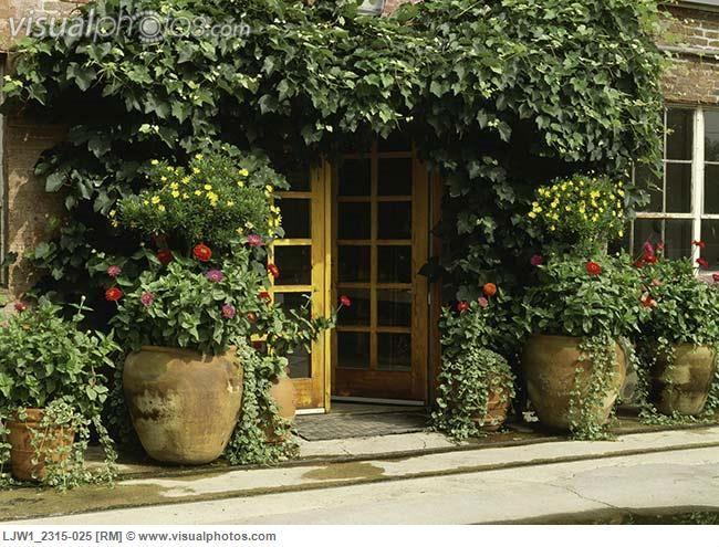 Front Porch Planter Urns For Summer Entrance With Large Pots And Filled