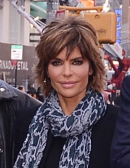 color and bangs. lisa rinna's hair is the Best!!!!!