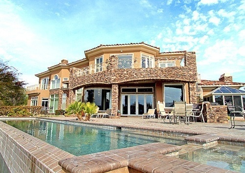 17 best images about houses i want on pinterest vacation for Nice big mansions
