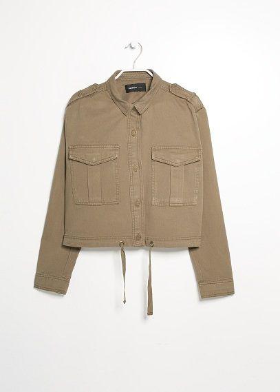 Vágott katonai dzseki