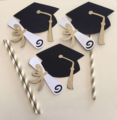 GOLD GRADUATION HAS Center Piece Picks, Glistening Gold White Black Graduation Centerpiece, Graduation Hat Centerpiece