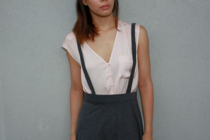 Pink Sportsgirl top with grey pinafore skirt from Cheep :D loving the cute simplicity