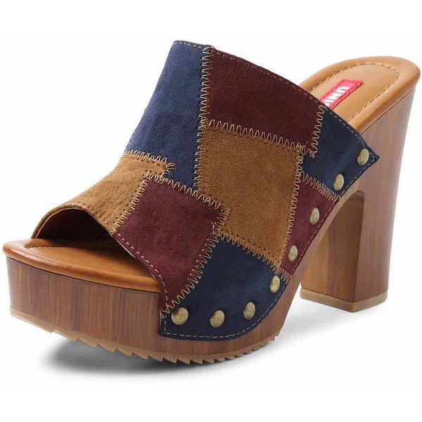UNIONBAY Hippie Clog Sandals (3.310 RUB) ❤ liked on Polyvore featuring shoes, clog shoes, hippie shoes, mid-heel shoes, unionbay and studded clogs