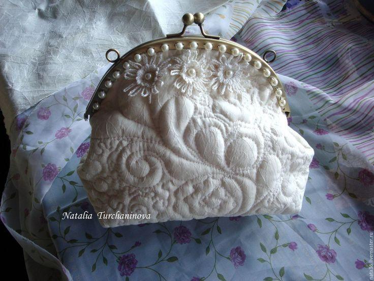 """Купить Стеганый, текстильный клатч """" Просто Белый """" - ретро стиль, подарок для невесты"""